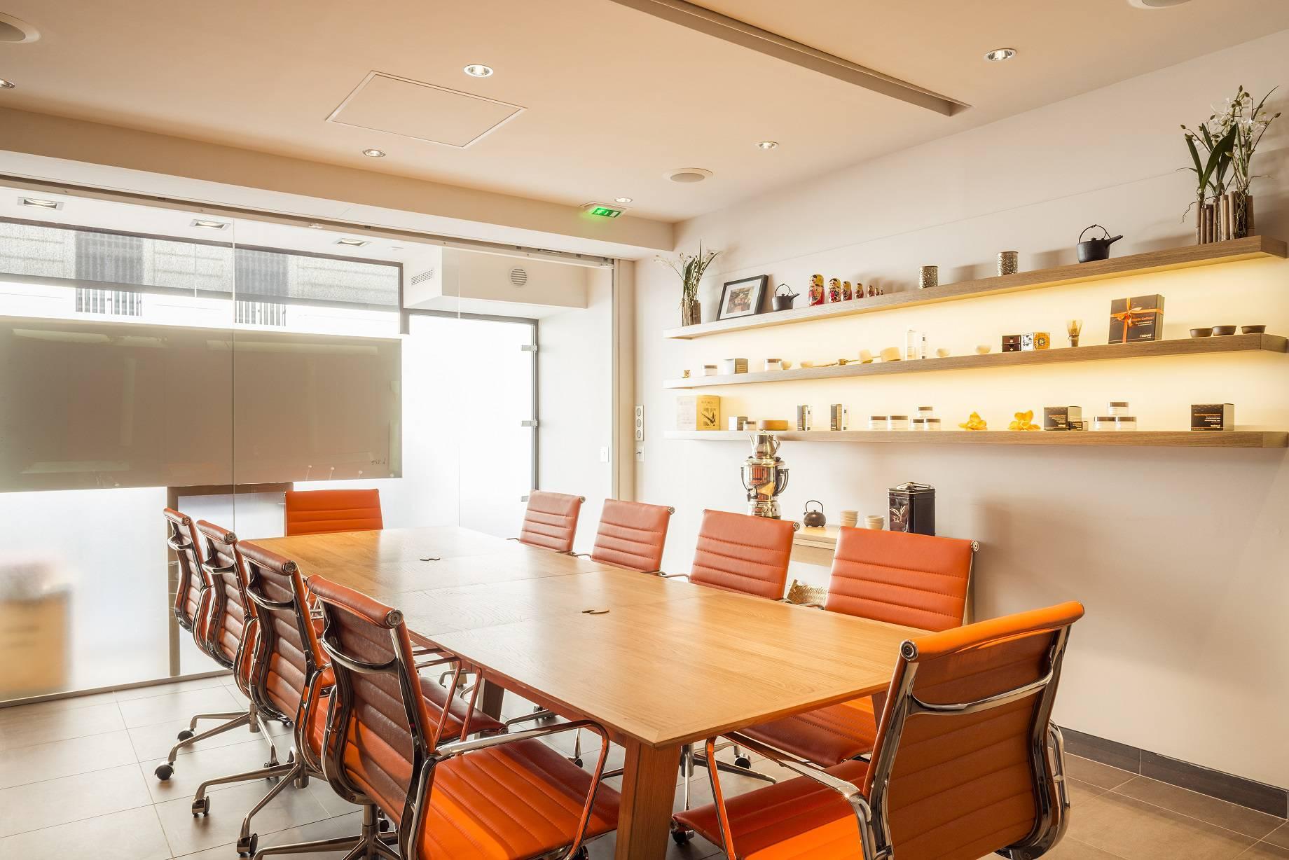 espace de r union atypique au coeur d 39 un des plus beau spa de paris. Black Bedroom Furniture Sets. Home Design Ideas