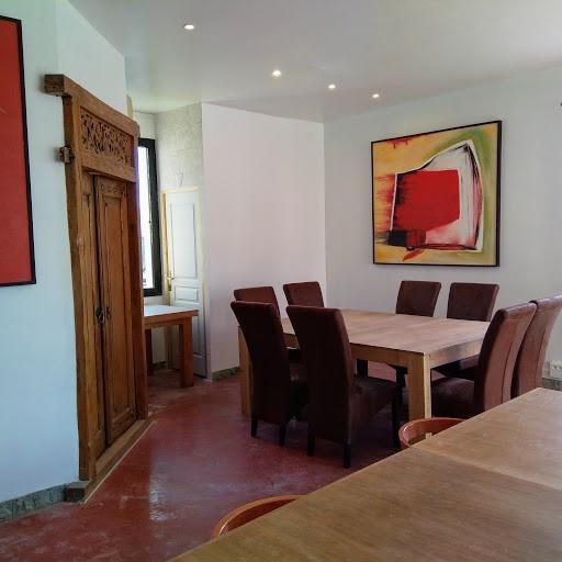ev nement d 39 entreprise montpellier domaine avec piscine pour un s minaire au vert. Black Bedroom Furniture Sets. Home Design Ideas