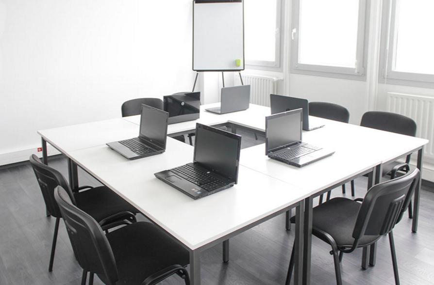 location d une salle informatique pour formation 224 angers pour 10 personnes