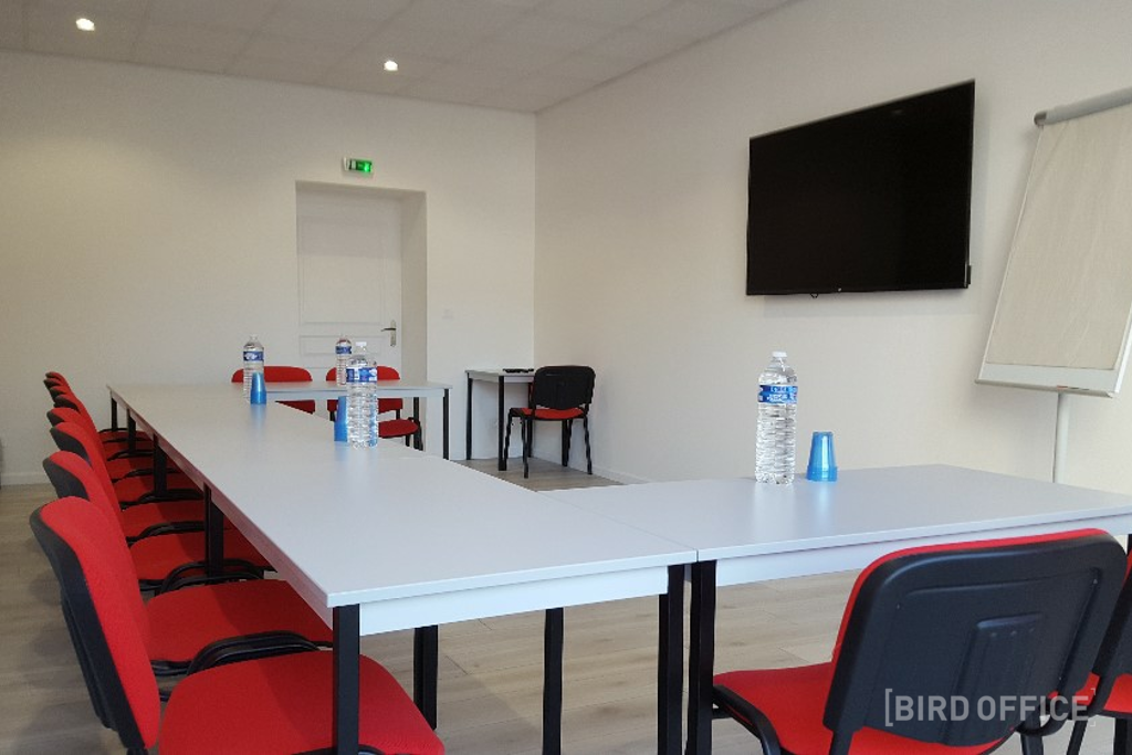 Large Fully Equipped Training Room Near Lyon Perrache Station