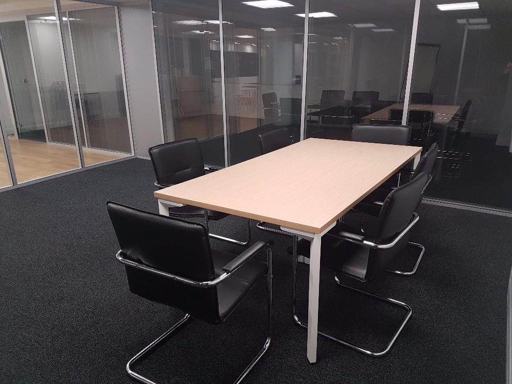 Louer salle de travail de 24m2 neuilly sur seine proche for Salle de pause au travail
