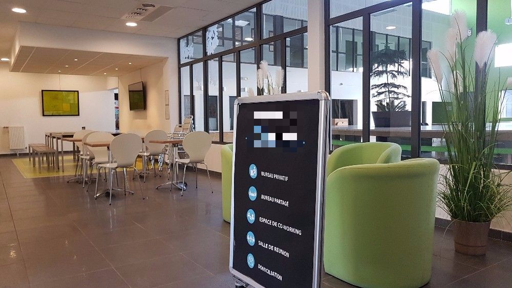 Rent individual workstation in a coworking space in grenoble