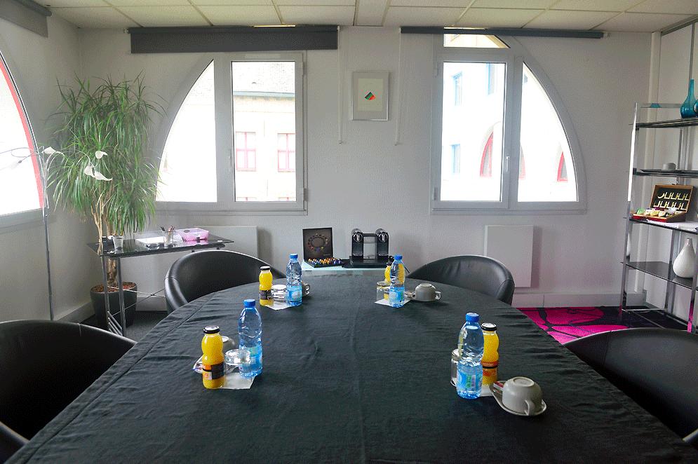 Louer salon de courtoisie pour 6 personnes dans le centre for Salon des grandes ecoles lille