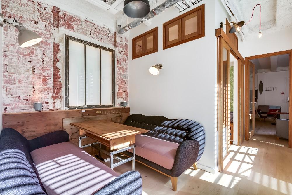 Louer une petite salle de réunion ouverte pour vos réunions à Paris Concorde.