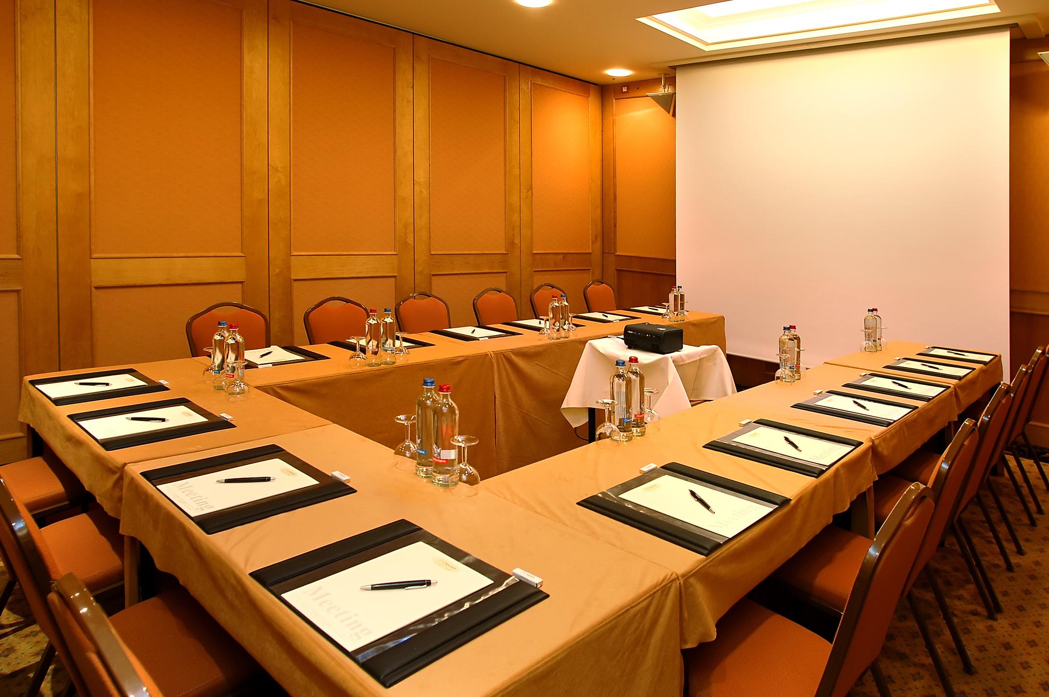 Louer une belle salle de r union de 30m2 bruxelles - Louer une chambre a bruxelles ...