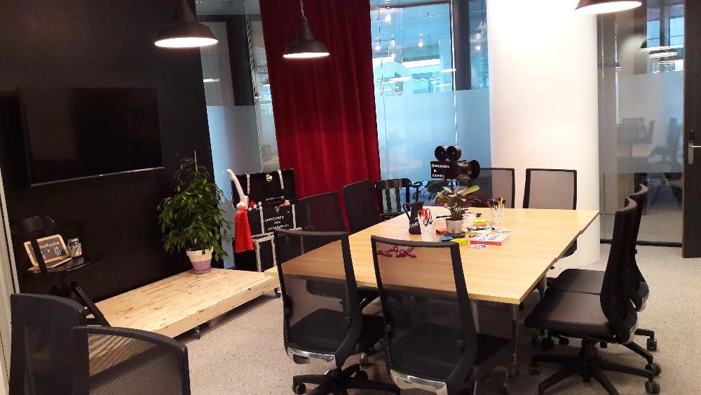 Organiser v nement entreprise paris courbevoie bel for Espace minimum de travail