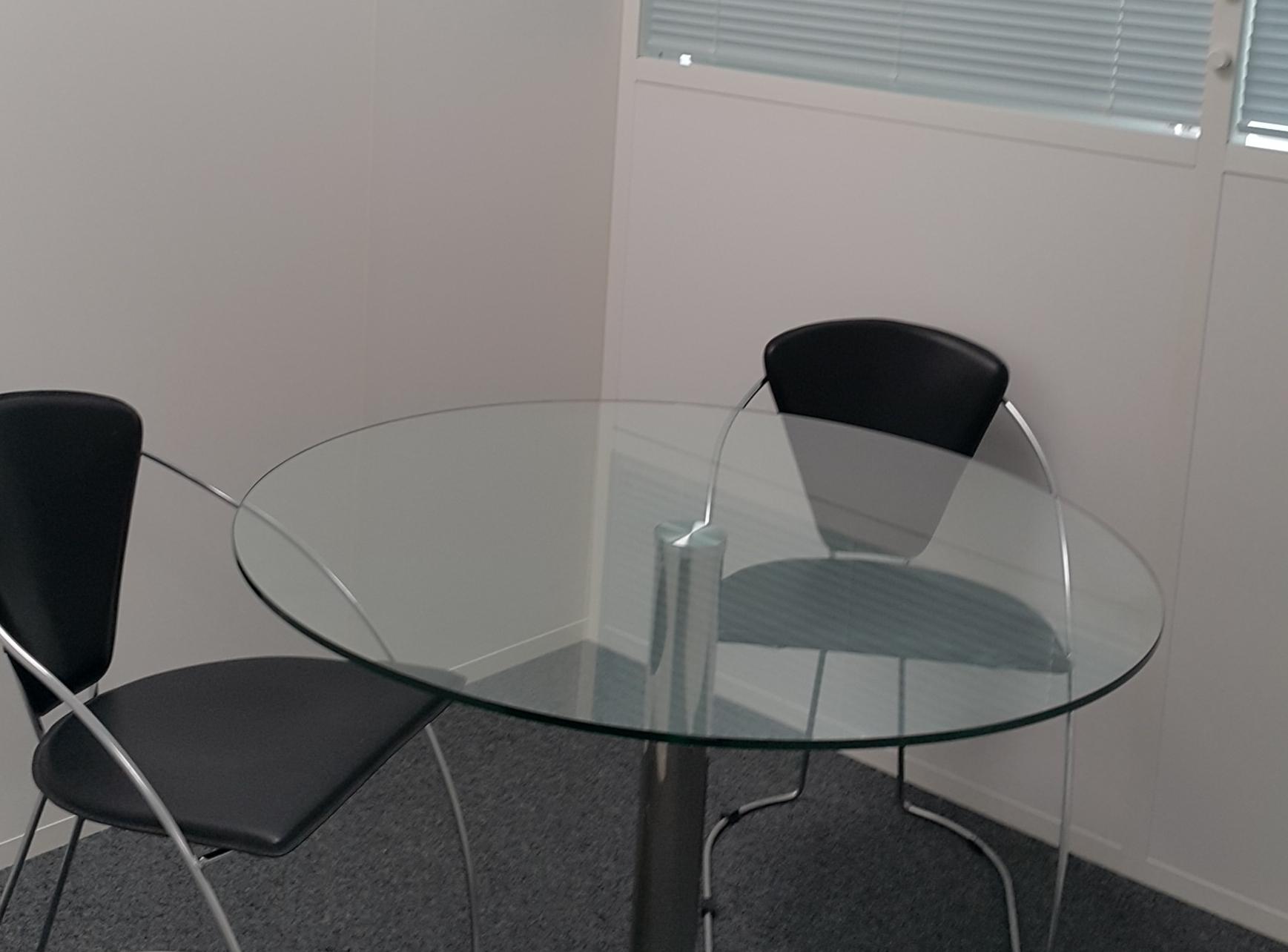 louer salle de r union pour entretiens professionnels boulogne billancourt. Black Bedroom Furniture Sets. Home Design Ideas