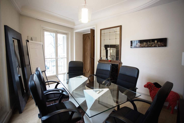 R Server Salle De R Union Dans Appartement Haussmanien Paris Dans Le 3 Me