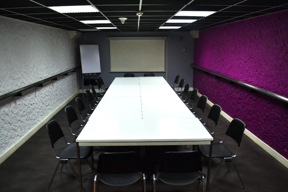 salle de r union 45m champs elys es 75008 paris. Black Bedroom Furniture Sets. Home Design Ideas