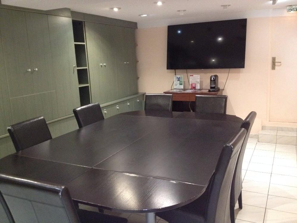 salle de r union paris 5 me arrondissement m tro saint marcel. Black Bedroom Furniture Sets. Home Design Ideas