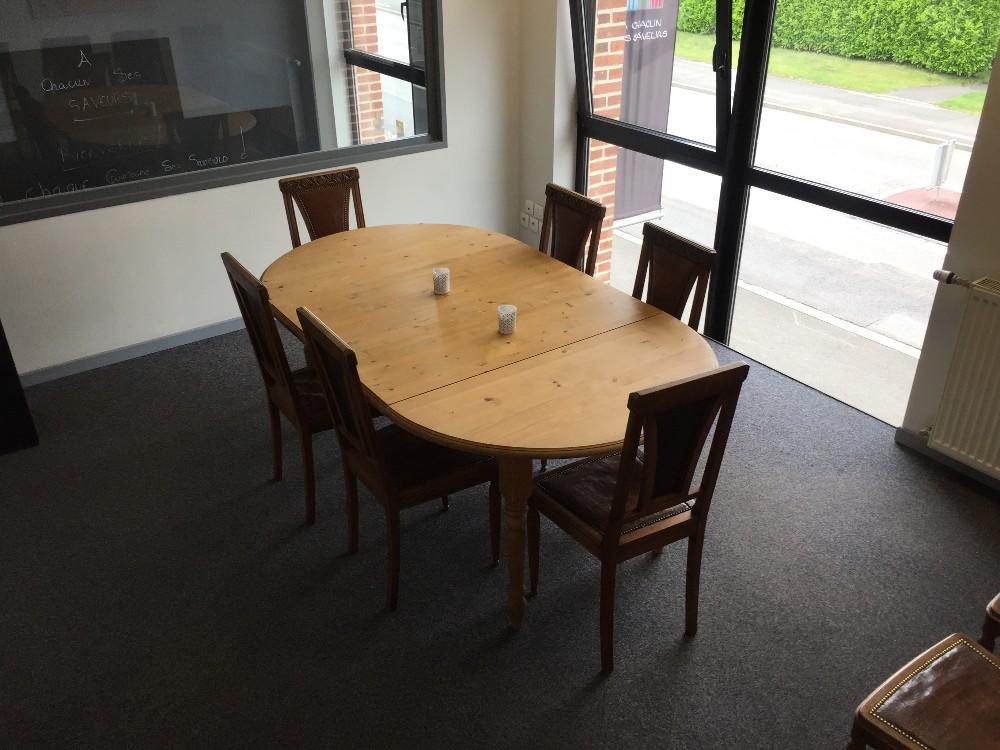 salle de r union villeneuve d 39 ascq. Black Bedroom Furniture Sets. Home Design Ideas