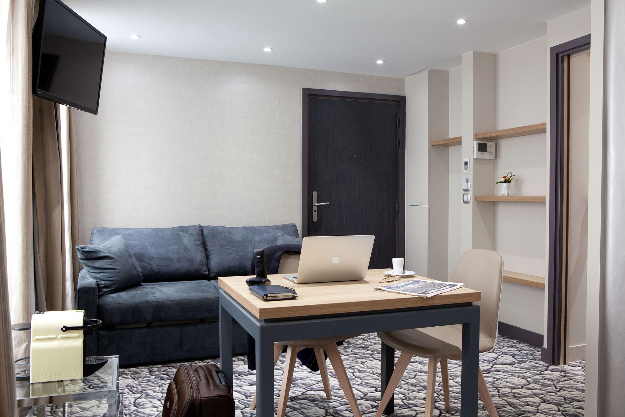 salle de r union dans une suite design paris 9 me. Black Bedroom Furniture Sets. Home Design Ideas