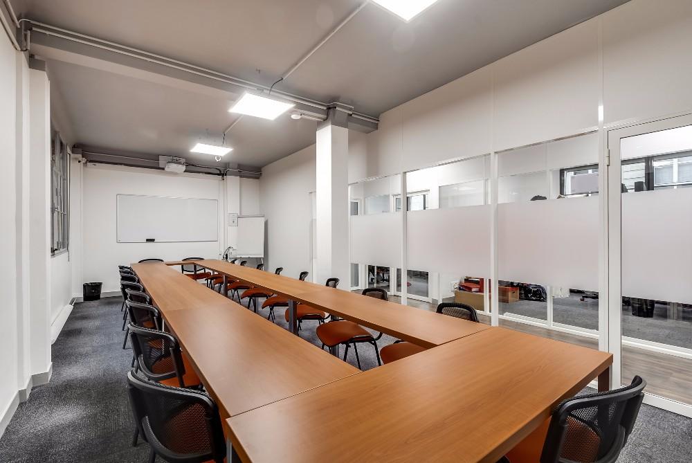 R server une salle de r union ou de formation paris - Office des oeuvres universitaires pour le centre bourse ...