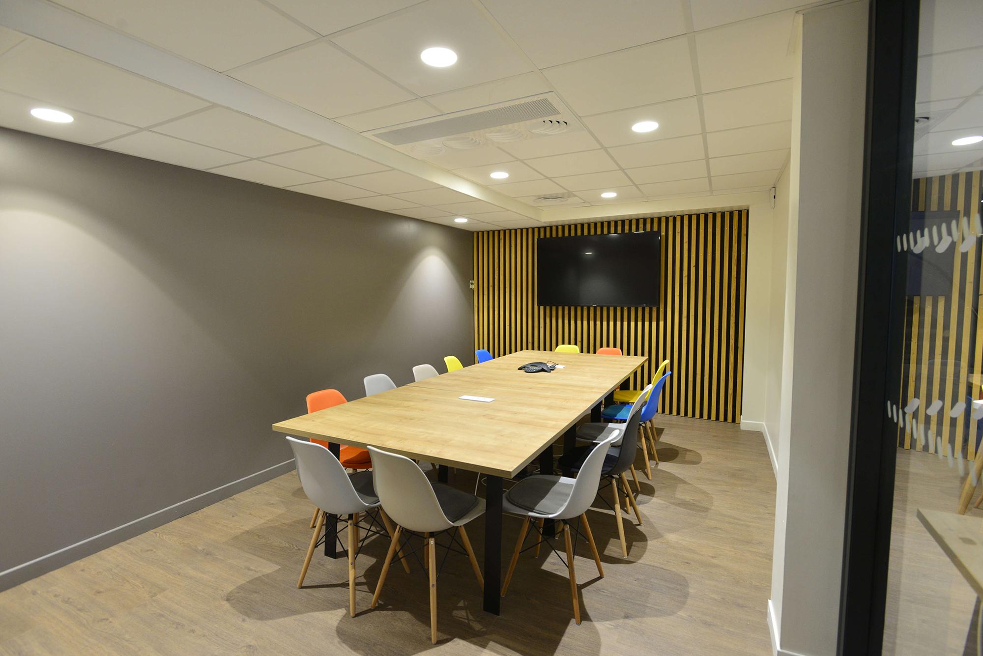 Salle de réunion pour 17 personnes située dans le centre de Bordeaux