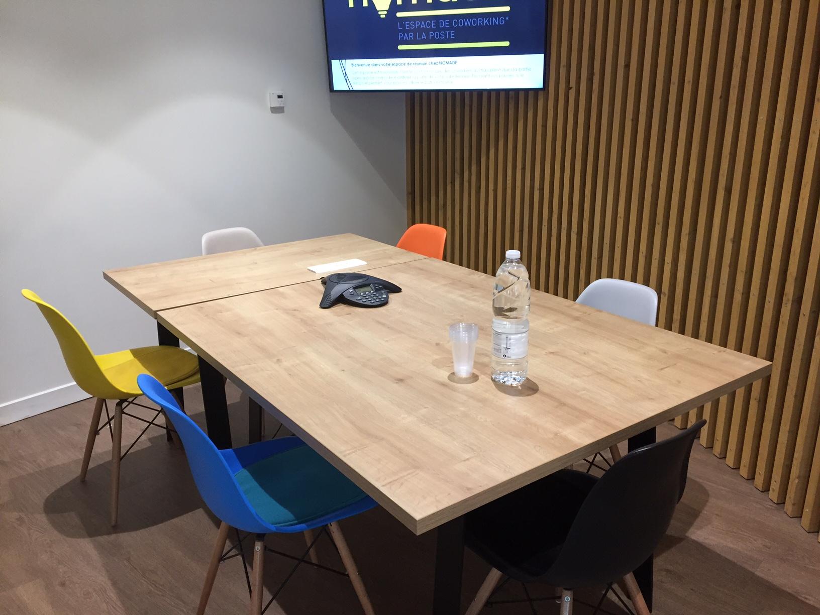 Salle de réunion pour 7 personnes dans le centre de Bordeaux - Palais de Justice