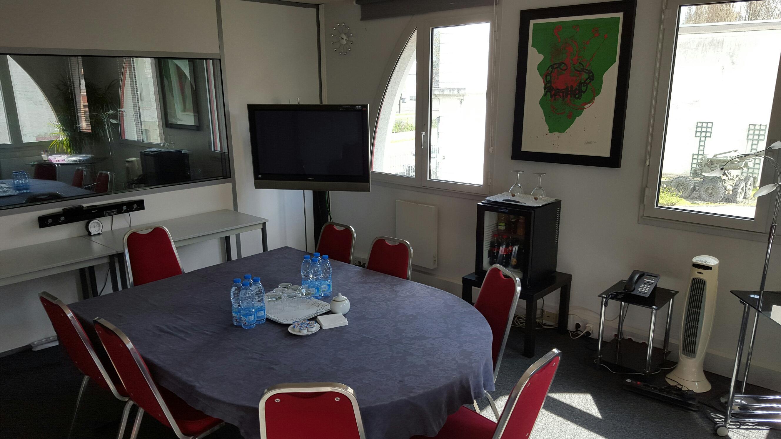 salon bleuets poste de travail dans un bureau partager proche de la gare lille flandres. Black Bedroom Furniture Sets. Home Design Ideas