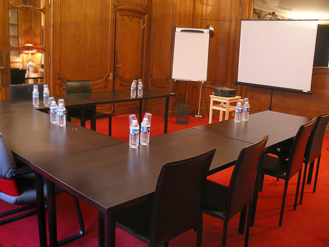 hire meeting paris room Hire a meeting room at the station working efficiently meet at a central point, easily accessible brussels or paris then subscribe to benefits to business.