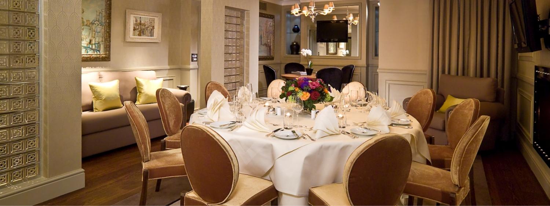 Le Penthouse- Salle de réunion de luxe avec un forfait par personne