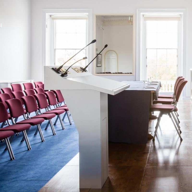 louer belle salle de conf rence pour 150 londres. Black Bedroom Furniture Sets. Home Design Ideas